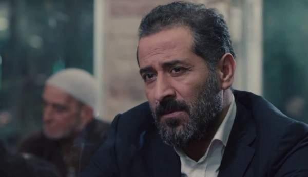 """خاص- عبد المنعم عمايري خارج """"حارة القبة"""".. و""""الفن"""" يكشف عن بديله"""