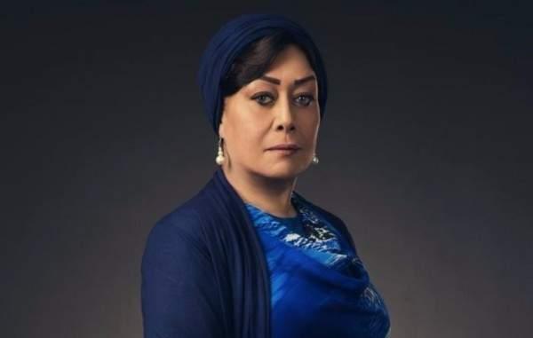 هل خلعت هالة فاخر الحجاب؟-بالصورة