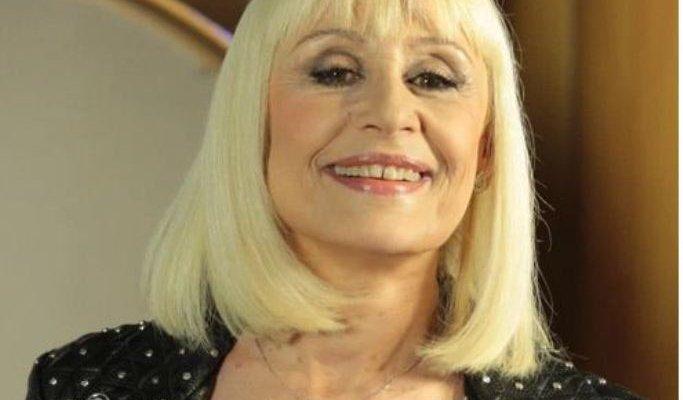 وفاة مقدمة البرامج والمغنية الإيطالية رافاييلا كارا وخوليو إغليسياس وغيره ينعونها- بالصورة والفيديو