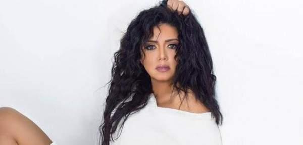 رانيا يوسف ترد على منتقدي رقصها برقصة مع مصطفى فهمي وزوجته-بالفيديو