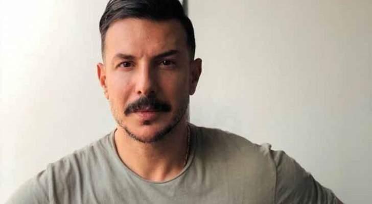 باسل خياط يفجع بوفاة والده وهكذا نعاه
