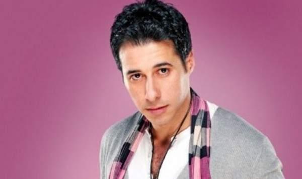 أحمد السعدني: خلعت عباءة والدي!