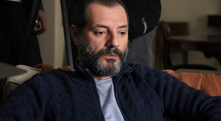 """طبيب عادل كرم يطلب منه عدم الكلام لعدة أيام ويغيب الليلة عن """"بيت الكل"""""""