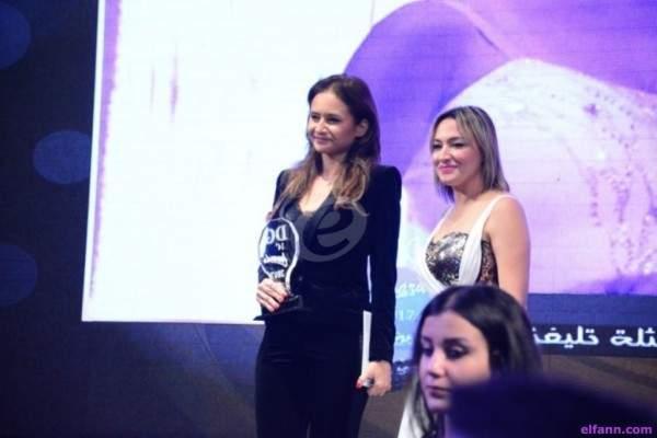 """بالصور- نيللي كريم أفضل ممثلة وأحمد عز أفضل ممثل سينمائي بـ""""دير جيست"""""""