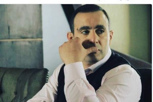 أحمد السقا يدعو لوالد زوجته بالشفاء-بالصورة