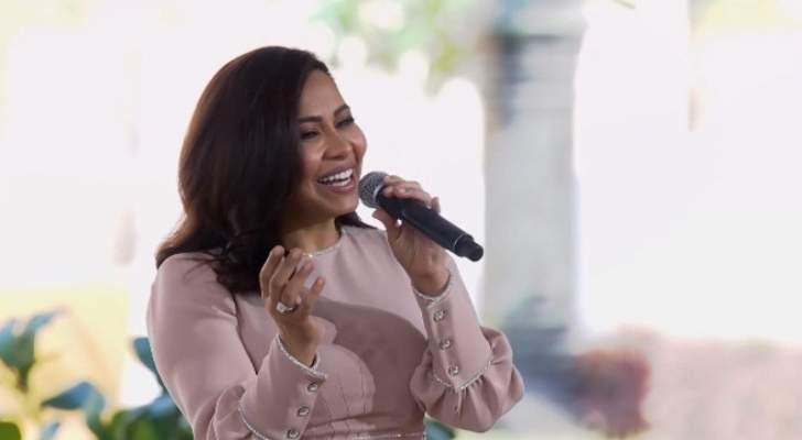 """شيرين تغني للأم """"هي الدنيا"""" أمام قرينة الرئيس السيسي وتتصدر-بالصور والفيديو"""