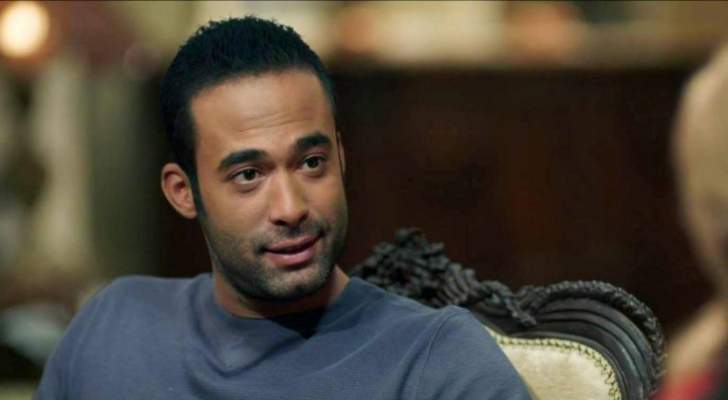 رغم وفاته...هيثم أحمد زكي يتعرض للسرقة!