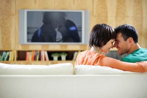 كيف تنعكس مشاهدة الأفلام الإباحية سلباً على الحياة الجنسية؟