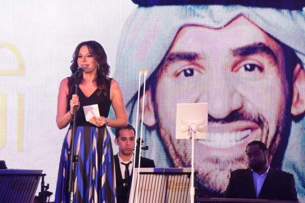 نجاح لحفل حسين الجسمي وأسماء لمنور في مهرجان البحرين