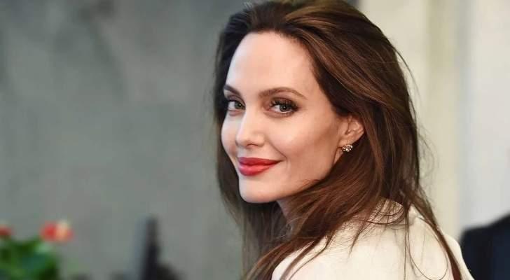 أنجلينا جولي تخلّت عن طموحها المهني.. وما علاقة براد بيت؟