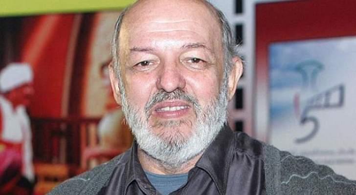 محمد خان من أهم مخرجي جيله وقدّم مع أحمد زكي 6 أفلام.. وهذه حقيقة زواجه  السري