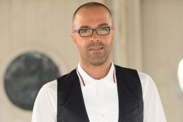 هشام بولس برسالة تهنئة لـ منير بو عساف
