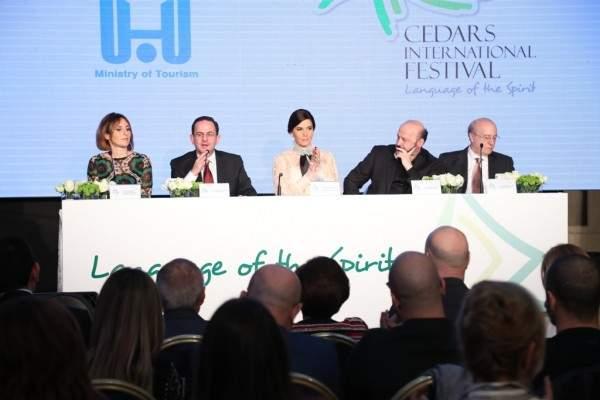 """أندريا بوتشللي يضيء أرز لبنان..وستريدا جعجع تصرح: """"النضال بالإبتسامة"""""""