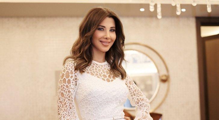 نانسي عجرم في الرياض كالملاك بإطلالة من توقيع إيلي صعب - بالصور