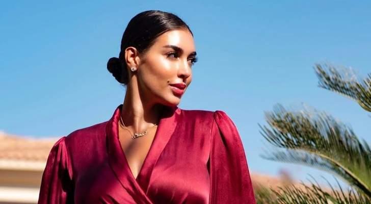 ياسمين صبري تثير ضجة بإطلالتها الأنيقة ومجوهراتها.. بالصور