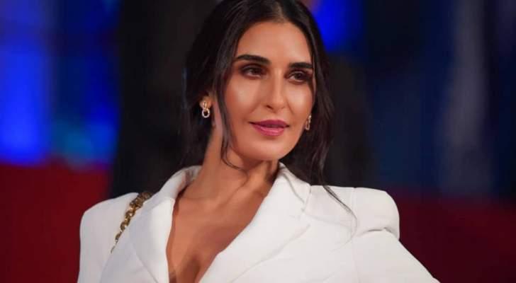 فاطمة ناصر إرتدت الصليب وجسدت دور مسيحية.. وشاركت في فيلم إيراني وحققت نجاحاً لافتاً في مصر