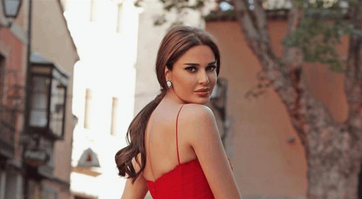 """سيرين عبد النور تخطف الأنظار بلوك شخصيتها في """"دور العمر"""" - بالصور"""