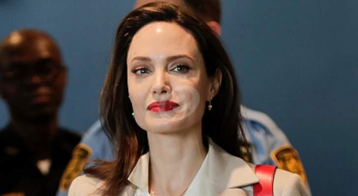"""أنجلينا جولي في كواليس تصوير """"Maleficent: Mistress of Evil"""".. بالصورة"""