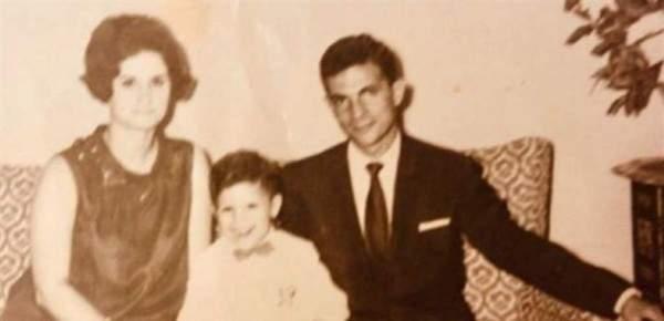 خمنوا من هذا الطفل الذي أصبح ممثلاً مصرياً شهيراً