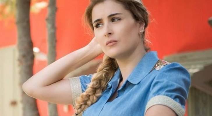 شاهدوا كيف بدت عائشة بن أحمد من دون ماكياج.. بالصورة