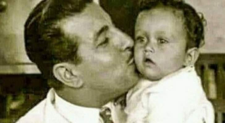 خمنوا من هي هذه الطفلة برفقة انور وجدي ممثلة مصرية شهيرة
