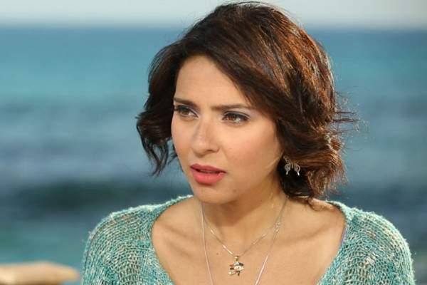 """نورهان تكشف للفن أسباب تحمسها لـ""""قمر هادي"""""""