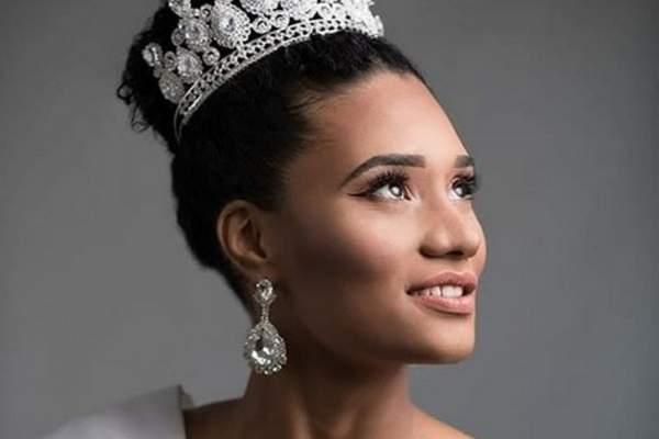 خديجة بن حمو أنتِ ملكة بأخلاقك وطيبتك وليت صغار العقول يتعلمون منكِ
