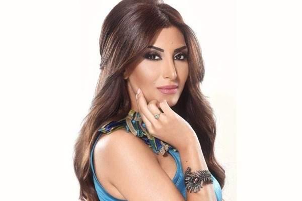 رويدا عطية: إعتقدت أن إبني فارق الحياة... وسأهاجر من لبنان