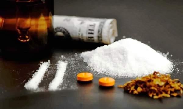 ممثل شهير في المحكمة.. وما علاقته بتجارة المخدرات؟
