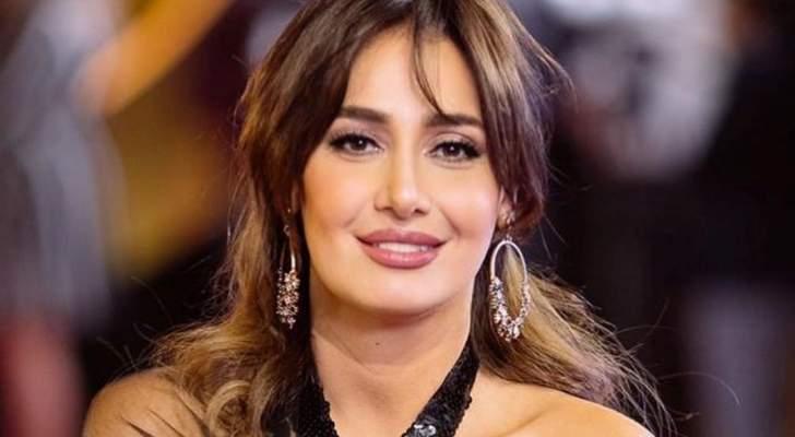 حلا شيحة تكشف سبب إنفصالها عن زوجها