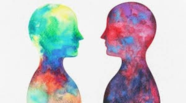 التخاطر الوسيلة الأولى للتأثير على الآخرين من دون التحدث معهم