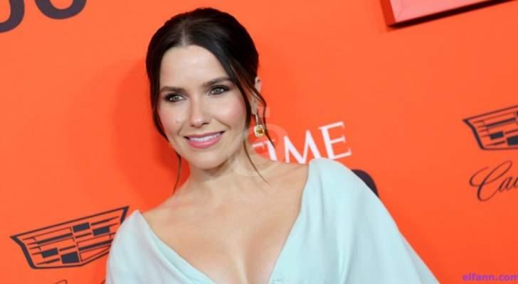 صوفيا بوش حصلت على ألقاب جمالية.. وتزوّجت من تشاد مايكل موراي لخمسة أشهر وإتهمته بالإحتيال