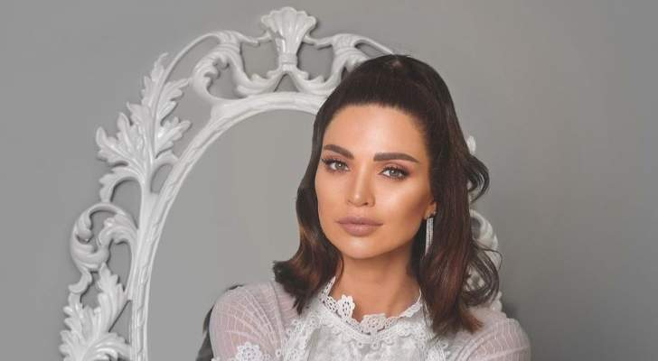 داليدا خليل تخطف الأنظار بالقفطان المغربي – بالصورة