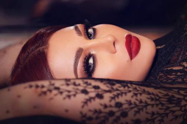هيفا وهبي أكبر من أن تدفع ثمن غلطة رانيا يوسف