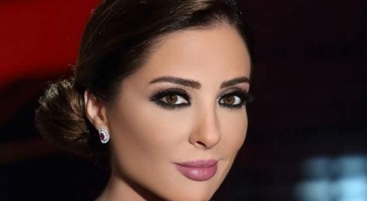 وفاء الكيلاني تنشر صورة برفقة إبنتها..شاهدوا الشبه الكبير بينهما