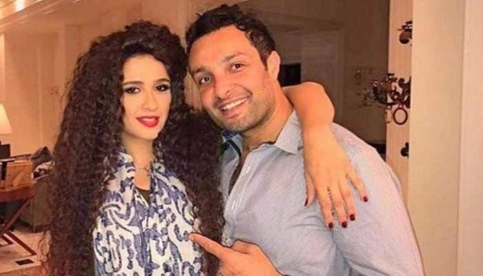 تعليق مفاجئ من شقيق ياسمين عبد العزيز على أخبار إنفصال أنغام