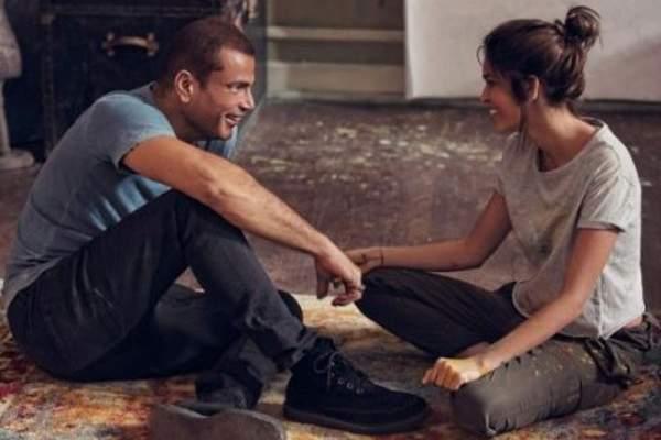 """عمرو دياب ينشر صورة جديدة من كليب """"معاك قلبي"""""""