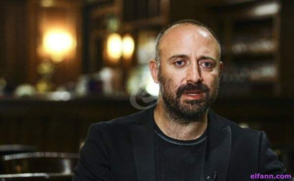 خالد أرغنتش يتحوّل الى استاذ جامعة