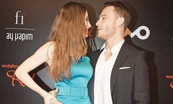 هكذا علق كرم بورسين على مشاهد القبلات التي تؤديها حبيبته في الأعمال الفنية