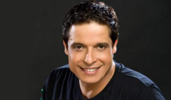 عامر منيب توفي قبل أن يحقق حلم حياته.. إستدان من أصدقائه من أجل الغناء ولُقّب بأبو البنات