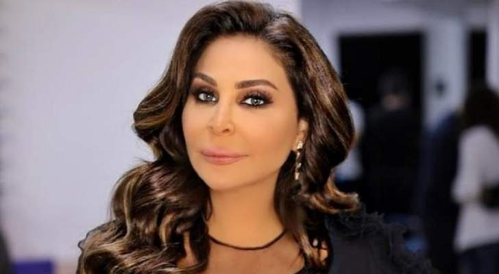 إليسا تدعو زملاءها الفنانين لمساعدة الشعب اللبناني