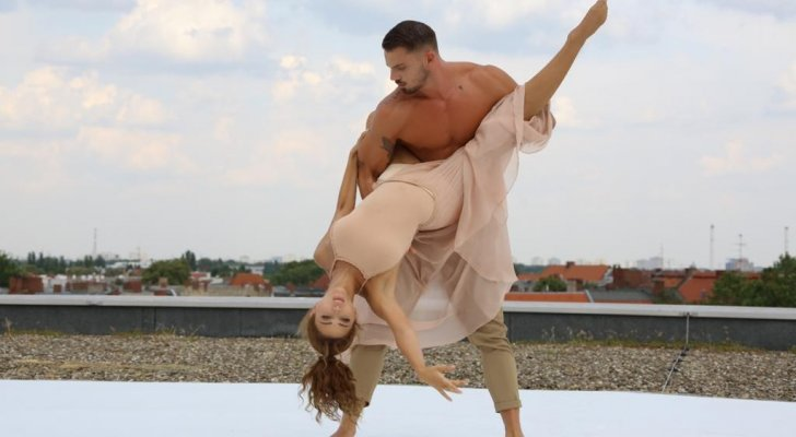 ميريام فارس بوضعيات رقص صعبة من كواليس غدارة يا دنيا-بالصور