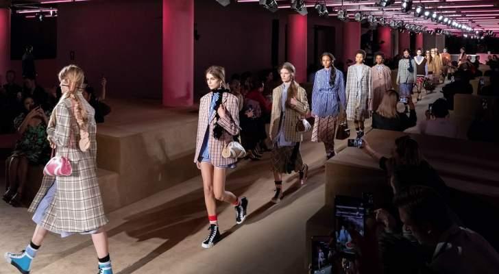 عارضات أزياء يتهمن مصمماً عالمياً بالتحرش بهن