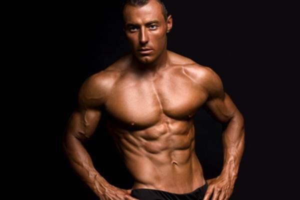 هل تزيد رياضة كمال الاجسام القدرة الجنسية لدى الرجل؟