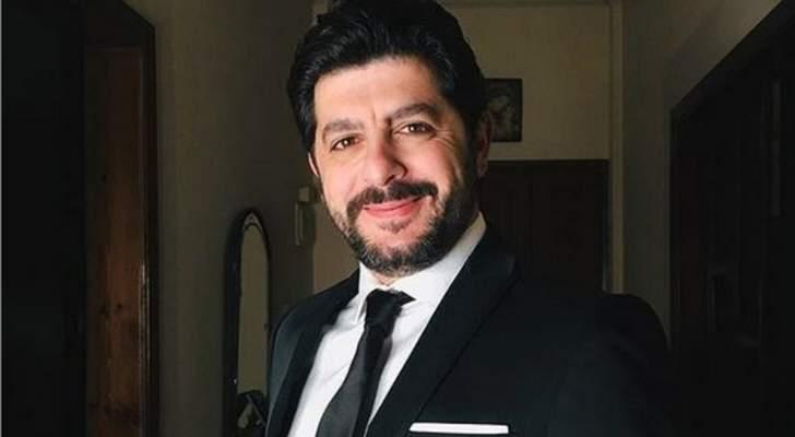 """خاص الفن- طوني عيسى: """"المنتج والشاشة يمكنهما حفظ حق الممثل اللبناني"""""""