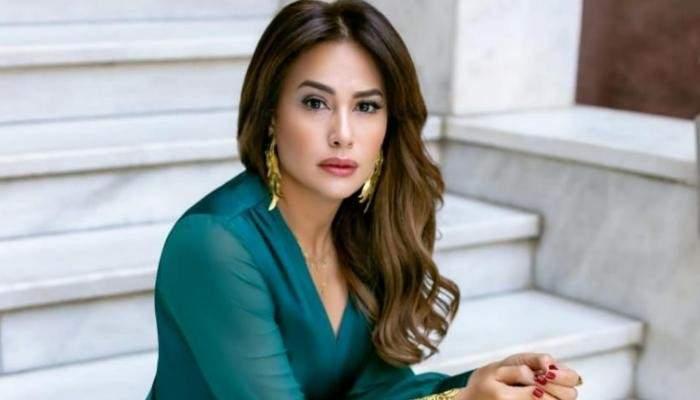 هند صبري ترد على الانتقادات التي طالتها بسبب مشاركتها في موكب نقل المومياوات الملكية