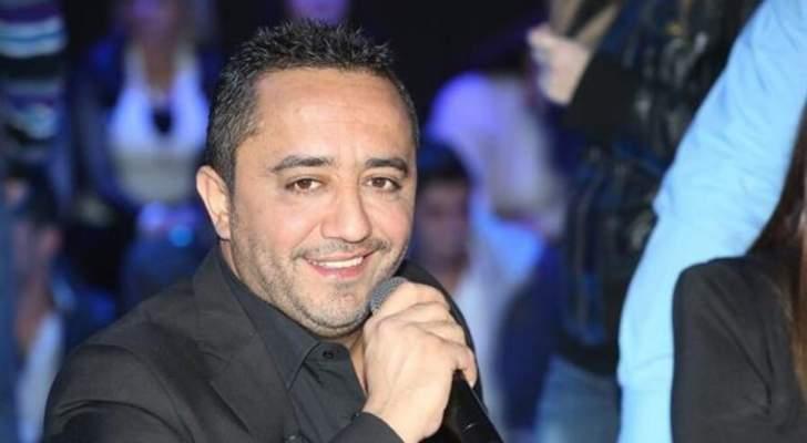 صورة قديمة لـ علي الديك مع أشقائه.. هل تغيّرت ملامحه؟