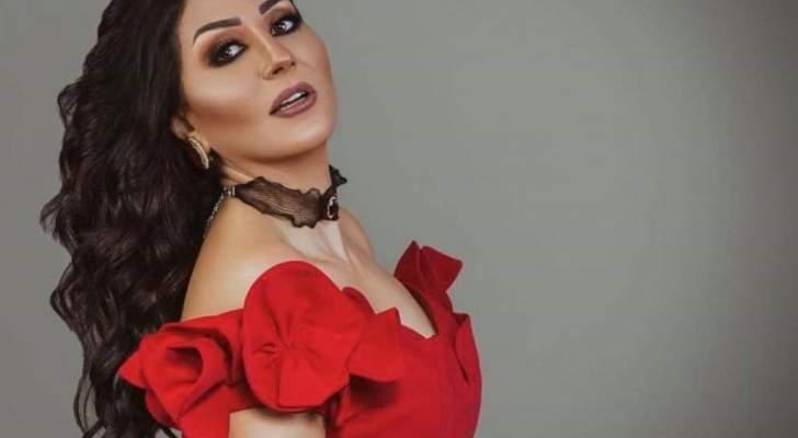 وفاء عامر ترد على شائعة وفاة والدتها