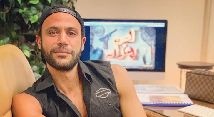 """محمد إمام لا يزال في صدمة وفاة هيثم أحمد زكي :""""ازاي دفنتك و هاخد عزاك"""""""