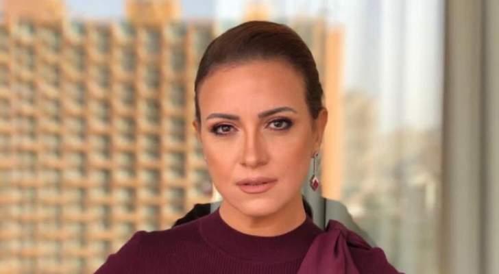 """ريهام عبد الغفور عن منى زكي: """"أحلى وأشطر وأنضف بني آدمه""""-بالصورة"""